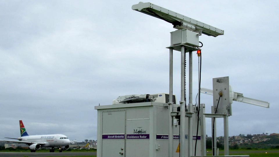 Hot Topic:  Avian Radar - Use of Avian Radar Units to Manage Risk at Airports